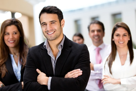 רוב האנשים מעוניינים להצליח בחיים, לבנות קריירה מתאימה, לרכוש השכלה, להקים משפחה ולהתגבר על הקשיים בהם הם נתקלים. הם מעוניינים להיחלץ מבעיות, התנהגויות אשר מעכבות אותם, תחושות כאב, מחשבות שליליות, […]